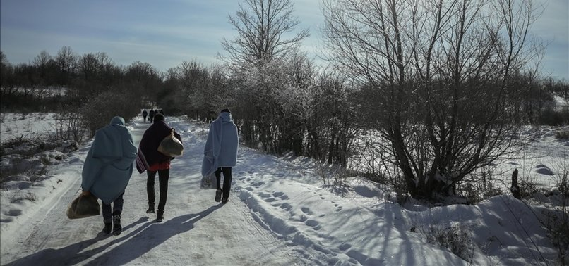 MIGRANTS AT BOSNIA CAMPS STRUGGLE WITH HARSH WINTER