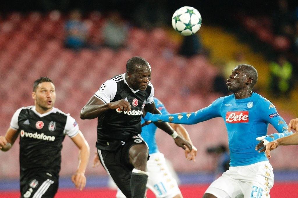 Napoliu2019s Kalidou Koulibaly in action against Beu015fiktau015fu2019s Vincent Aboubakar.