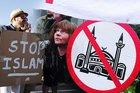 Hollanda'da faşizm sınır tanımıyor