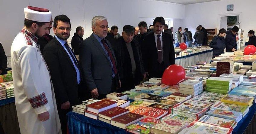 Almanya'da Türkçe ve Almanca kitap sergisi açıldı
