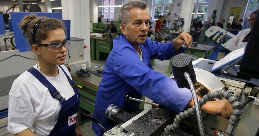 İki işte çalışan sayısında artış