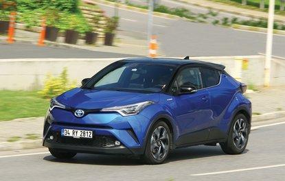 TEST · Toyota C-HR 1.8 Hybrid e-CVT 4x2