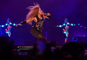 Shakira İstanbul'u salladı!