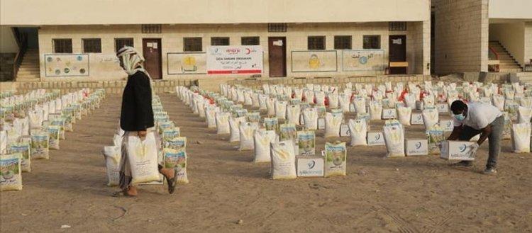 Türk Kızılayı Yemen'de 3 bin 500 gıda kolisi dağıttı