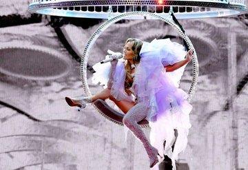 Jennifer Lopezin Its My Party turu