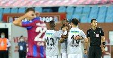 Beşiktaş beat Trabzonspor 3-1 at away game