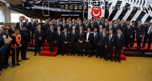 Beşiktaş to fly around the world in specially decorated jet from Turkish Airlines