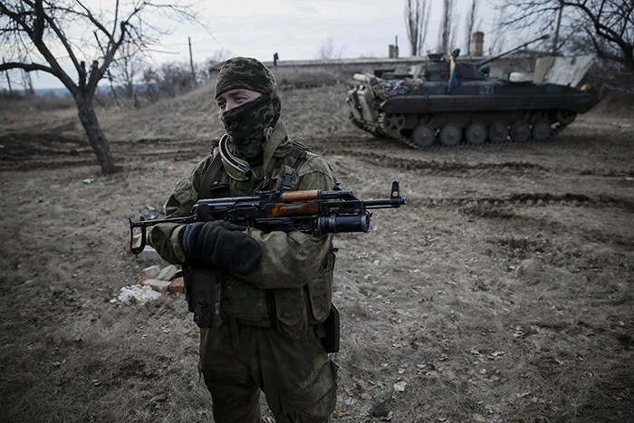 A Ukrainian serviceman is pictured at his position near Debaltseve, eastern Ukraine, February 8, 2015. (Reuters Photo)