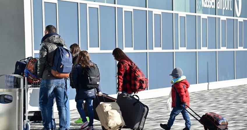 12 bin sığınmacı ülkesine döndü