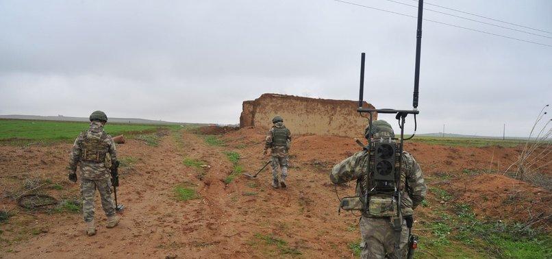 TURKEY DESTROYS 903 MINES, 1,720 EXPLOSIVES IN N.SYRIA
