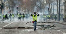 Yellow Vests vow to continue protests Saturday