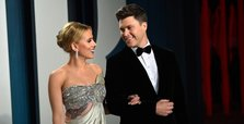 Scarlett Johansson ties knot with comedian Colin Jost