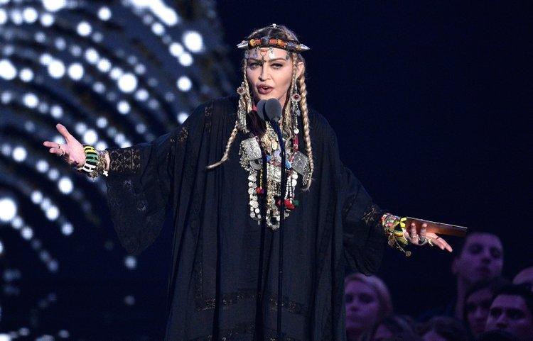 Madonna'dan corona virüs desteği geldi!