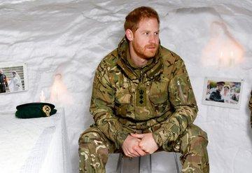 Prens Harry'den İngilizleri kızdıran jest