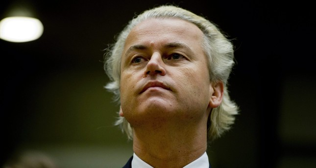 Dutch politician Geert Wilders looks on during the reading of his verdict at an Amsterdam court on June 23, 2011. (AFP Photo)