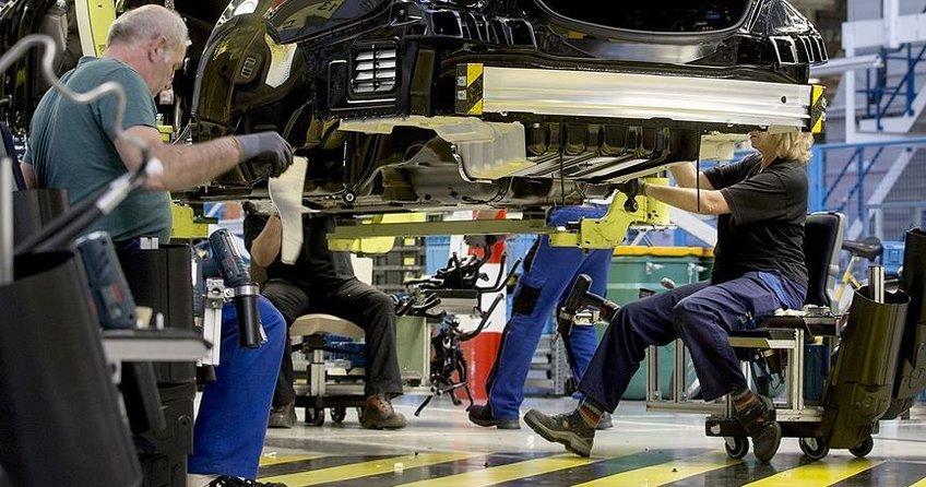 Avrupada sanayi üretimi nisanda düştü
