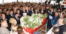 Veteran Turkish actress Yıldız Kenter laid to rest