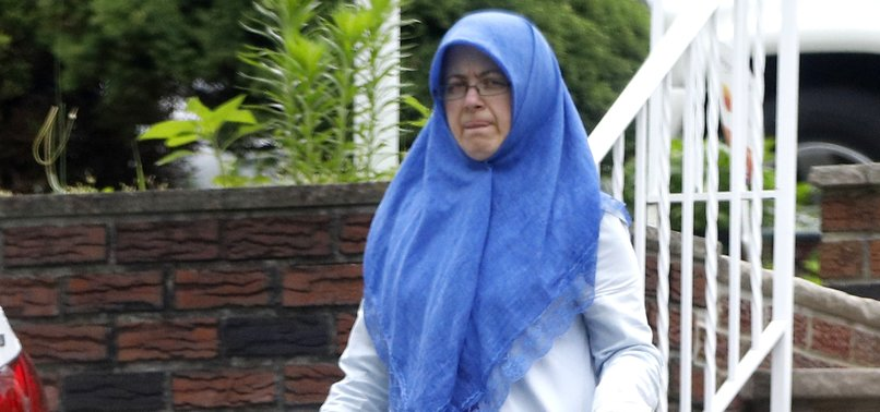 WIFE OF SENIOR FETO-LINKED JULY 15 COUP PLOTTER SPOTTED IN US