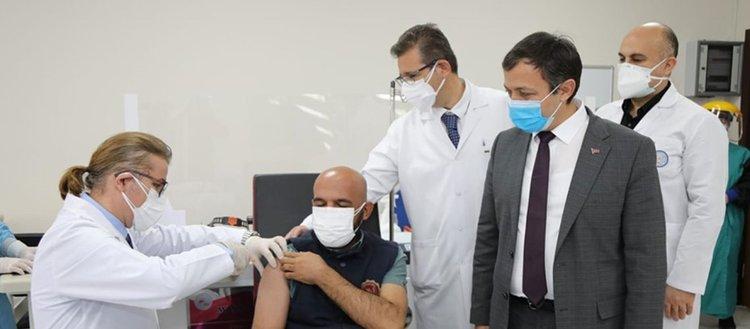 ERÜ'de Kovid-19 aşı adayının faz-2 uygulamaları bugün tamamlanacak