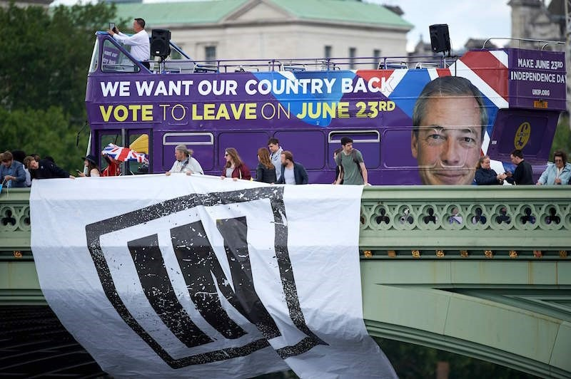 A Brexit flotilla of fishing boats sailed up the River Thames into London, in a protest against EU fishing quotas by the campaign for Britain to leave the EU. (AFP Photo)
