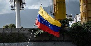 Colombia grants visa extensions to Venezuelans