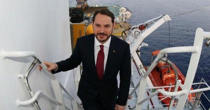 Bakan Albayrak Barbaros Hayrettin Paşa gemisini ziyaret etti