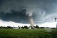Tornado kills 3 in Alabama, alert issued for mid-South