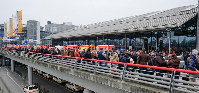WWII BOMB DISCOVERED AT GERMANYS HAMBURG AIRPORT