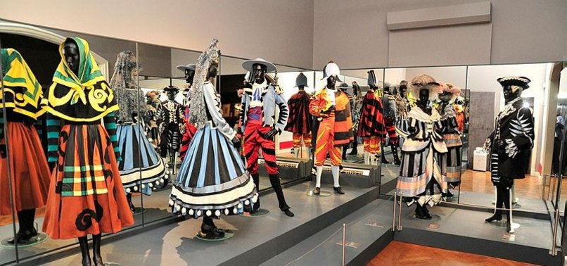 THOUSANDS FLOCK TO PICASSO SHOW IN TURKISH CITY OF IZMIR