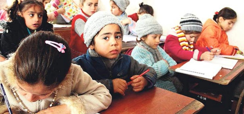 EU OFFICIAL PRAISES TURKEY ON SCHOOLING SYRIAN CHILDREN