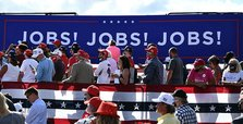 New US jobless claims drop more than expected to 787,000