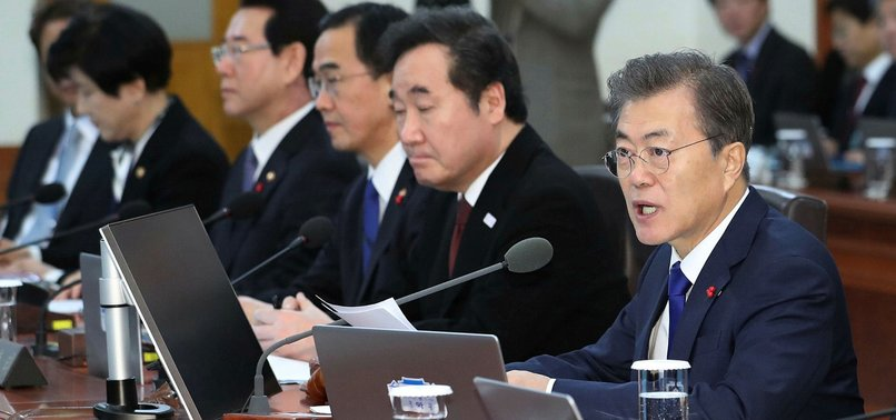 SOUTH KOREA OFFERS TO TALK WITH NORTH ON OLYMPIC COOPERATION