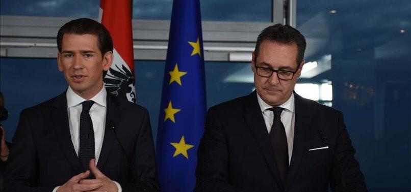 EX-EU LEADERS CALL FOR BOYCOTT OF AUSTRIAN MINISTERS