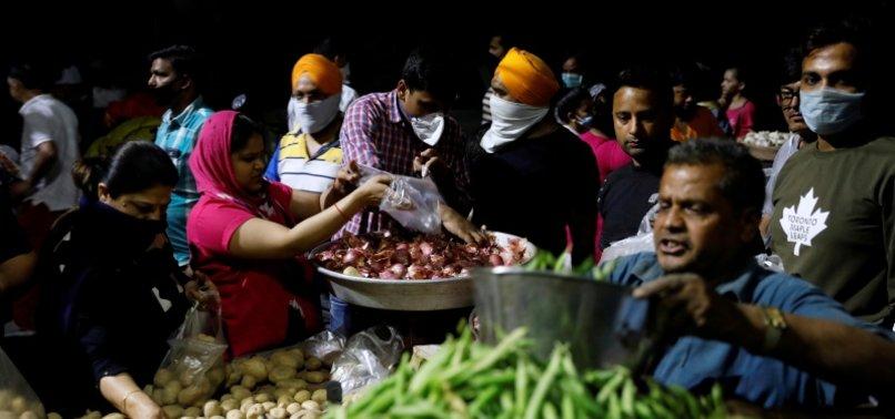 INDIANS RACE FOR SUPPLIES AS CORONAVIRUS LOCKDOWN BITES