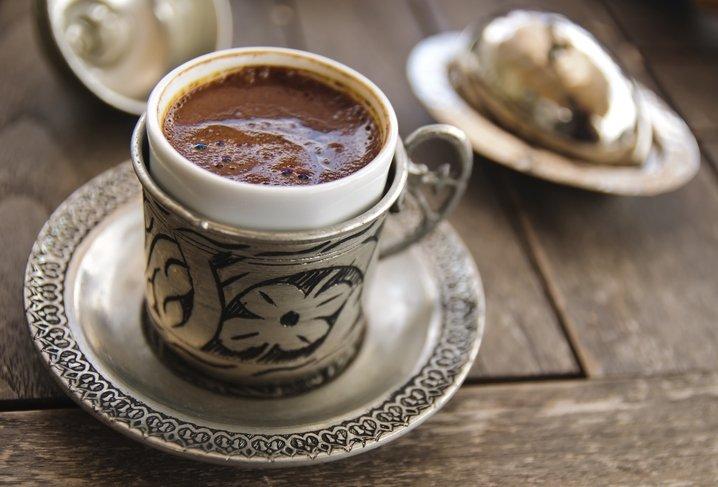 Türk kahvesinin cilde 8 önemli faydası