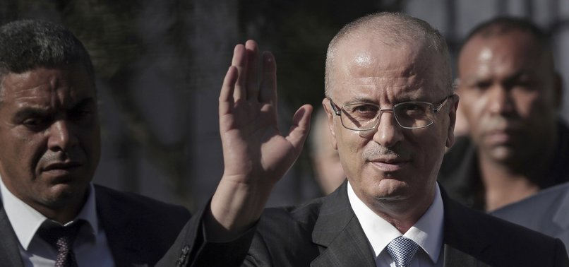 PALESTINIAN GOVERNMENT SUBMITS RESIGNATION TO ABBAS