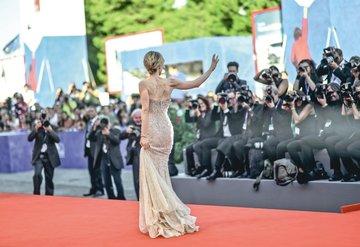 Venedik Film Festivaline erteleme yok