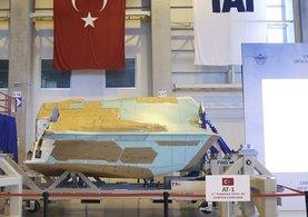 TUSAŞ ilk Türk JSF/F-35 uçağının orta gövdesini ABD'lilere teslim etti