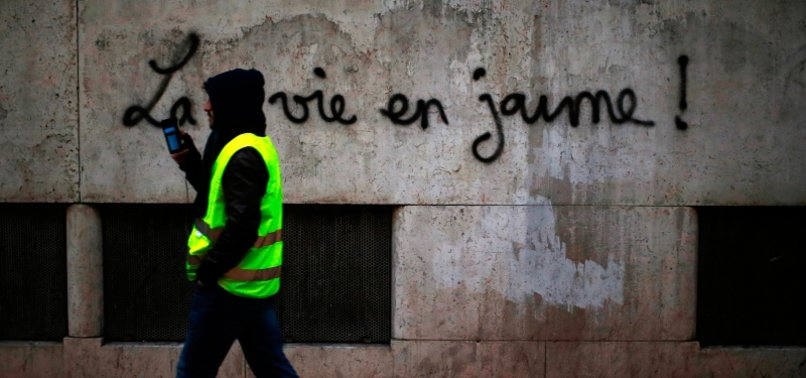 FRENCH GOVERNMENT DECRIES FOREIGN POWERS FOR YELLOW VEST RIOTS
