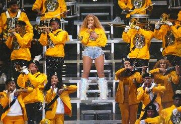 Beyoncenin Coachella performansı belgesel oldu