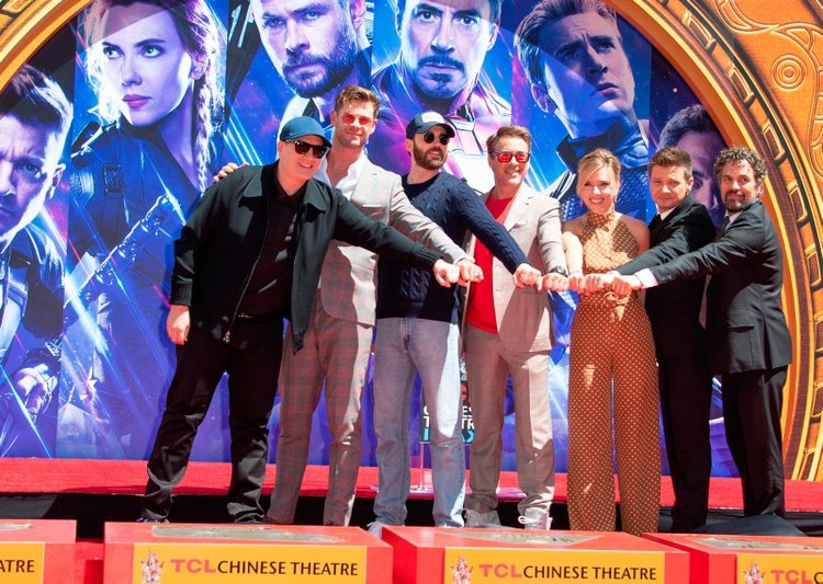 Avengers: Endgame oyuncuları el izlerini bıraktı