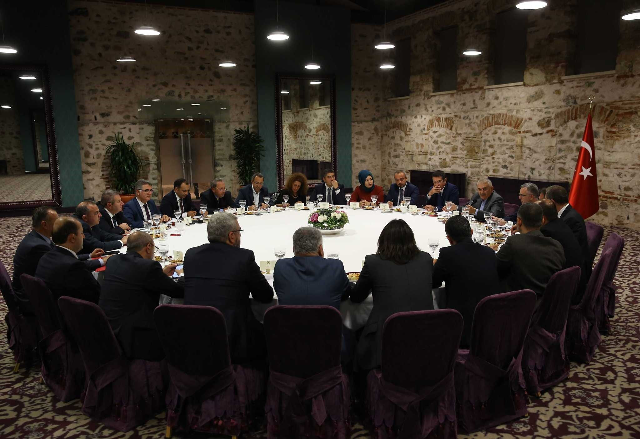 Prime Minister Binali Yu0131ldu0131ru0131m held a special meeting with economy editors of national newspaper at Dolmabahu00e7e Prime Ministry Office in Istanbul on Saturday.