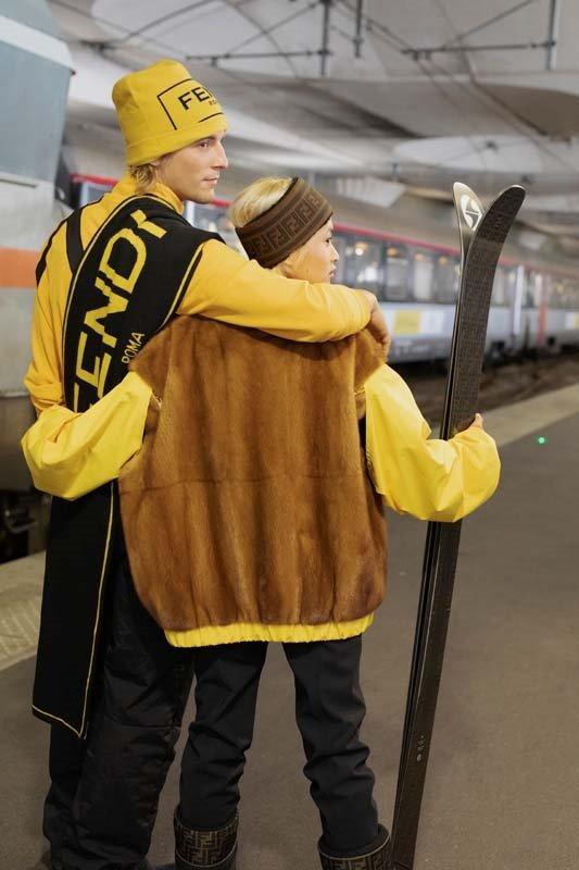 FENDI 2020-2021 Kayak Kıyafetleri Koleksiyonu