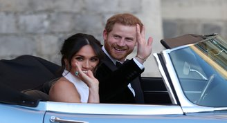 Kraliyetin romantik filmi: Harry & Meghan