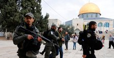 Israel bars Palestinians from performing prayers at Al-Aqsa
