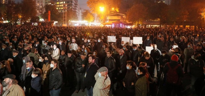 ANTI-GOVERNMENT PROTEST CONTINUES IN ARMENIA TO DEMAND DEPARTURE OF PM NIKOL PASHINYAN
