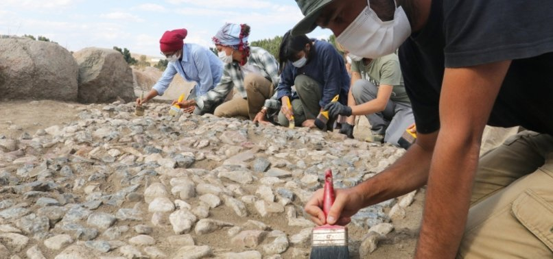 WORLD'S OLDEST MOSAIC UNEARTHED IN CENTRAL TURKEY