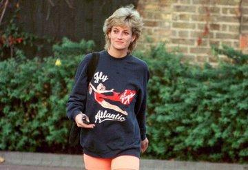 Prenses Diananın ikonik sweatshirtü satışta