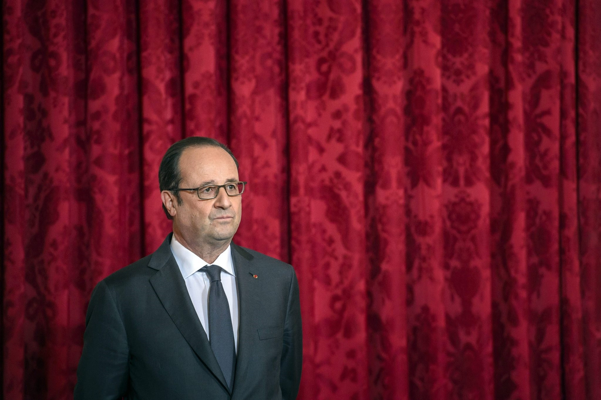 French President Francois Hollande at the Elysee Presidential Palace in Paris, France, 16 January 2017. (EPA Photo)