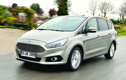 Test · Ford S-Max 2.0 TDCi Powershift Titanium
